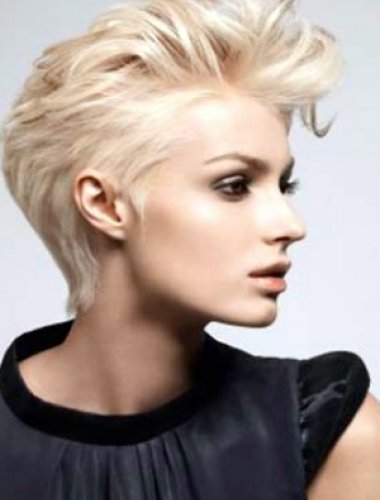 hair-short-with-volume